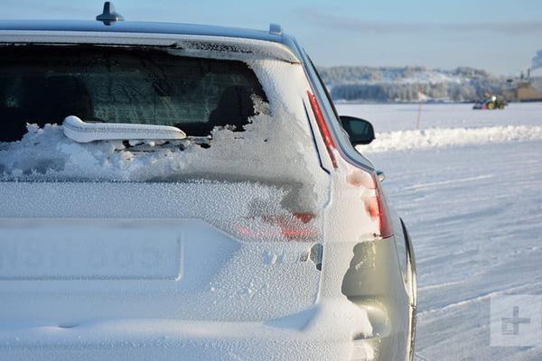 2020 Volvo V60 Cross Country review
